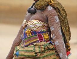 le role de la femme dans la reconciliation chez les agni