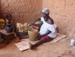les potieres de krangrassou dimbokro ces braves femmes rythment la vie socioeconomique du village
