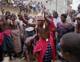 fete de generation a bidjan sante profusion de culture ancestrale en pleine capitale